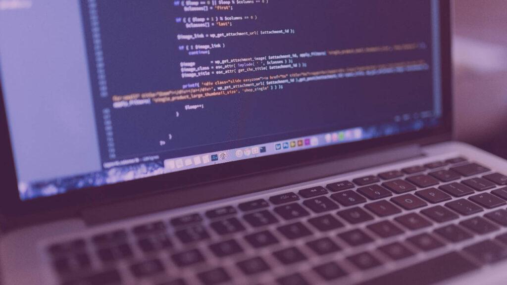 bilgisayar yazılım kursları, kodlama, programlama yazılımı, yazılım, yazılım dili öğrenme, yazılım geliştiricisi olmak, yazılım geliştirme, yazılım kursları